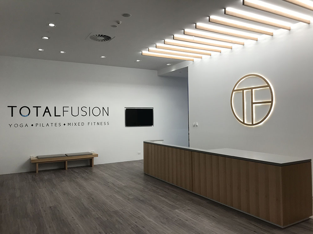 led-clean-modern-shopfront-design