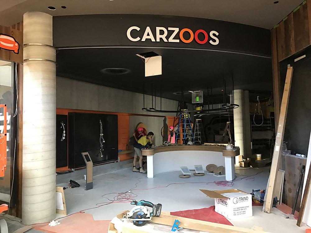 shopfront-signage-shopping-centre-gold-coast